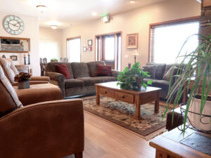 Greystone Living Room2 Facility Tour senior living